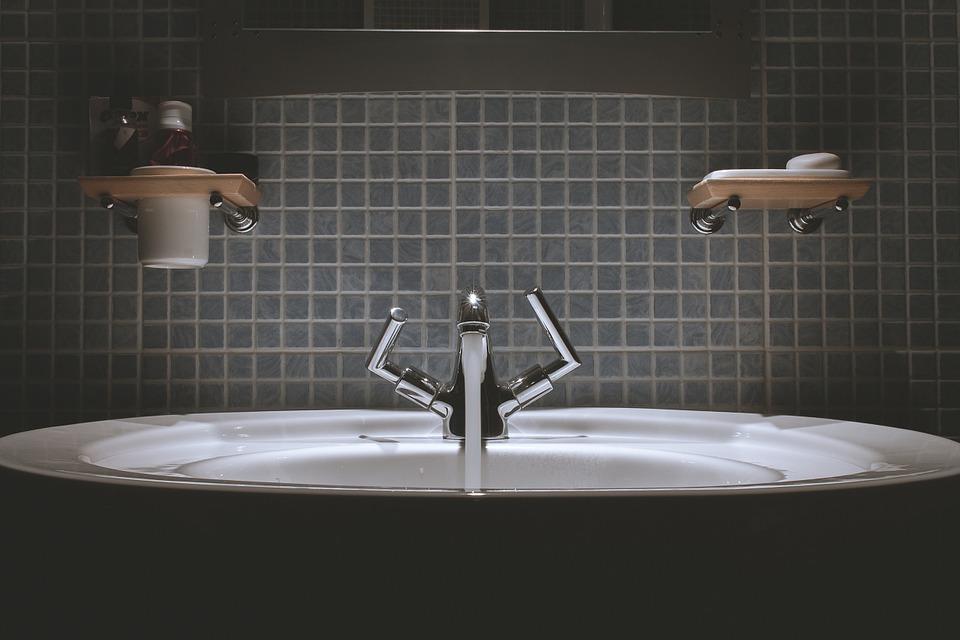 Quando si sceglie la rubinetteria del bagno , solitamente si prendono ...