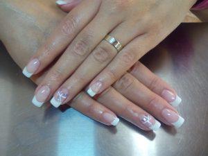 nail-french